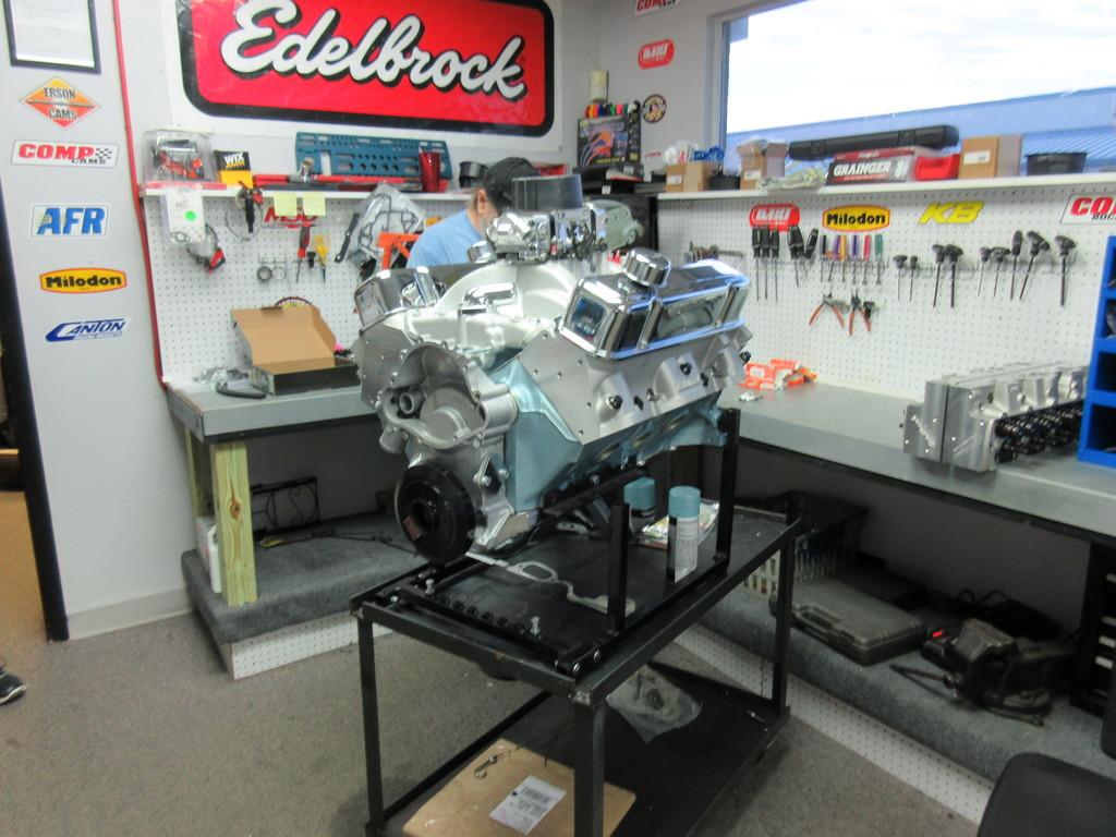 400 Pontiac Crate Engine 450 HP With Aluminum Heads