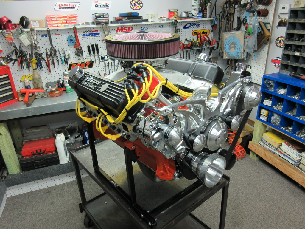 440 chrysler crate engine with 475 hp
